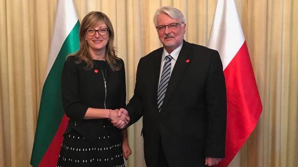 Вицепремиерът и министър на външните работи Екатерина Захариева и министърът на външните работи на Полша Витолд Вашчиковски