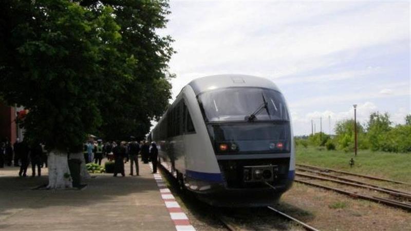 Пътнически влакове от Крайова към Видин потеглиха по Дунав мост 2