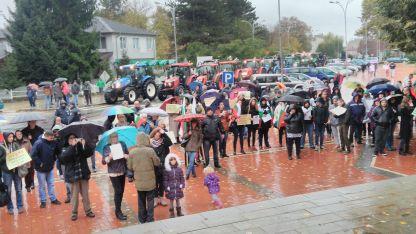 Протестиращите жители на Генерал Тошево