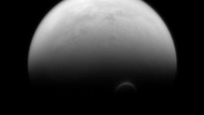 Сатурновата луна Титан