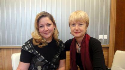 Нона Кръстникова и Аделина Александрова в студиото на
