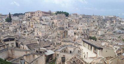 Каменният град Матера поразява със суровата си красота. Снимката е направена специално за