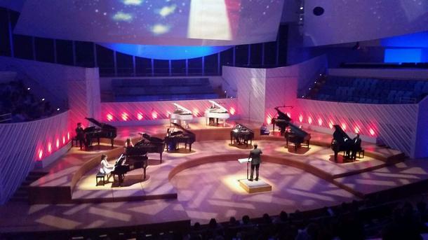 Miami Piano Circle в New World Center - Маями Бийч