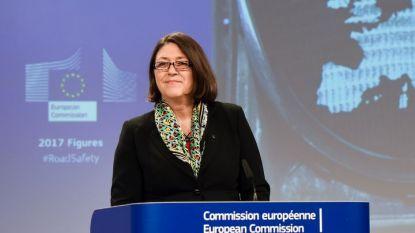 Комисарят по транспорта Виолета Булц обяви в Брюксел, че идния месец Еврокомисията ще предложи нови мерки за безопасност по пътищата.