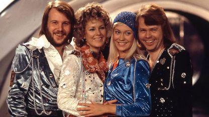 Бьорн, Фрида, Агнета и Бени с усмивки отпреди 40  и повече години