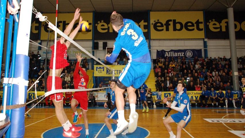 Полуфиналната плейофна серия в Суперлигата по волейбол при мъжете между