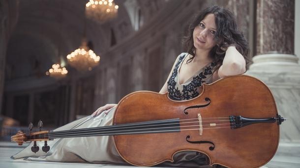 Лили Кехайова