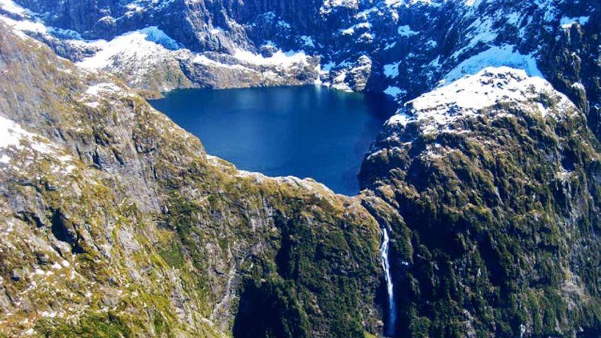 Водопадът Съдърланд в Нова Зеландия
