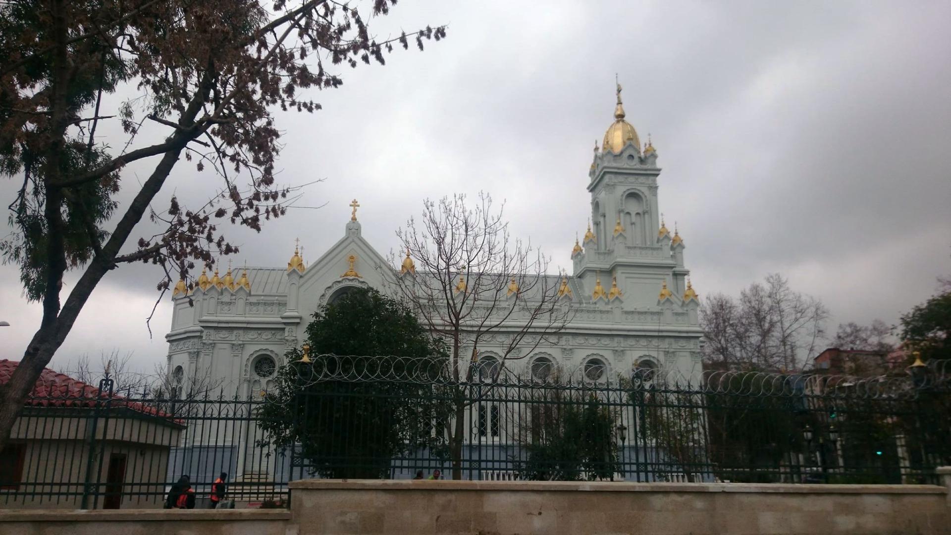 Резултат с изображение за желязната църква свети стефан ремонт