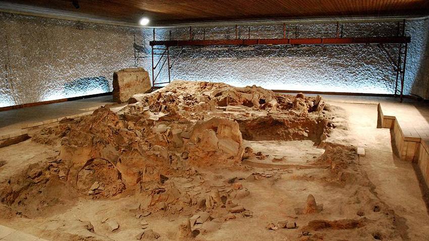 """El Museo """"Viviendas neolíticas"""" guarda restos de viviendas de 8 mil años"""