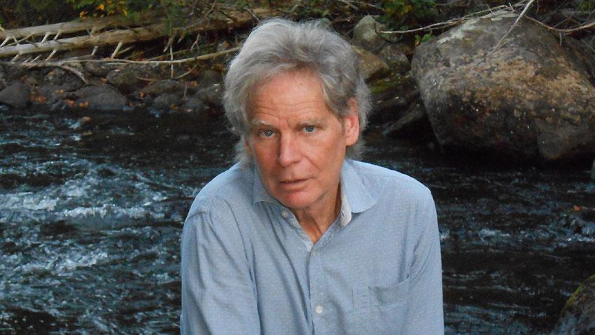 Писателят Джефри Мур