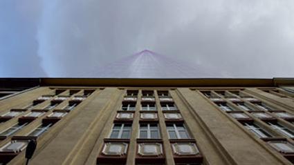 "Зоран Георгиев, ""Невидим небостъргач"" (рисунка върху фотография, невидимо мастило, UV-фенер), 2014"