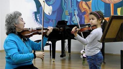 Системата на Йова Йорданова за обучение по цигулка повече от