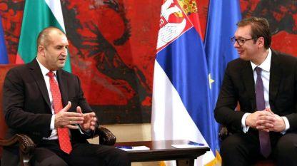 Rumen Radew (l.) und Aleksandar Vučić
