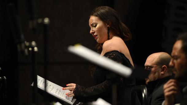 Сопраното Соня Йончева.