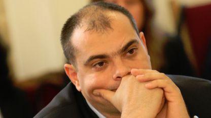 Филип Попов
