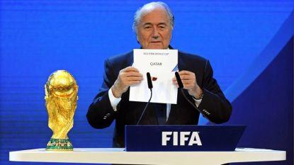 Блатер обявява домакинството на Катар след заседанието на Изпълнителния комитет на ФИФА на 2 декември 2010
