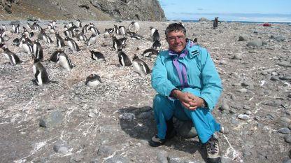 Prof. Hristo Pimpirev gjatë një nga ekspeditat e rregullta shkencore  në Ishuillin Livingston