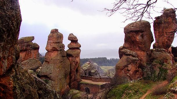 През 2009 г. Белоградчишките скали са били най-посещаваният обект, включен в списъка на 100-те национални туристически обекта.