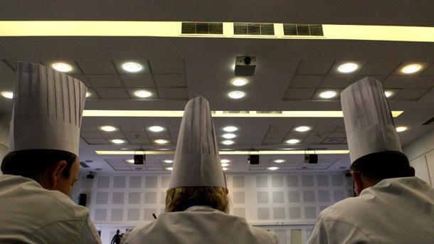 \r\nБългарските майстор готвачи настояват най-сетне встраната да се създаде единна национална агенция за контрол на храните