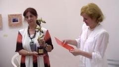 Надя Попова (вдясно) от програма