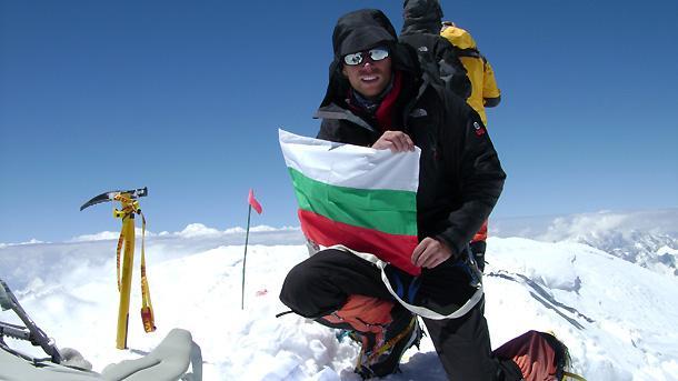 Дойчин Боянов на Гашербрум-1 или Хидън пик (8068 м), 11-ия по височина връх на планетата.