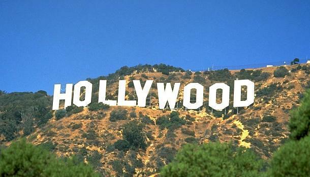 На 106 години почина най-възрастната актриса на Холивуд Кони Сойър.