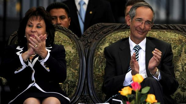Алваро Колом и съпругата му Сандра Торес
