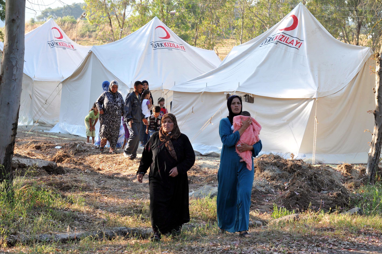 турция сирия бежанци граница