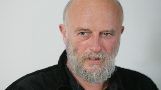 Едвин Сугарев – поет на месеца в Столична библиотека