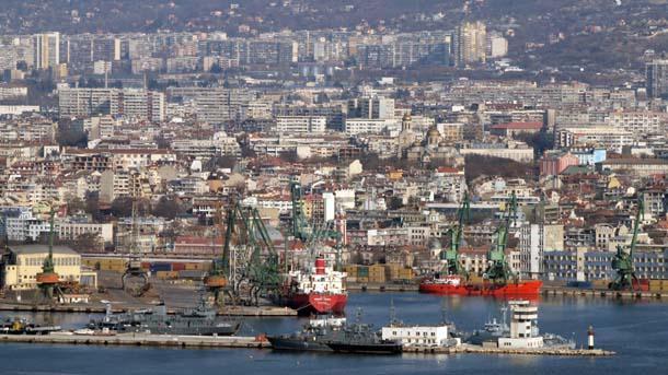 Пандемичната обстановка засегна сериозно пазара на наемите в България. Една