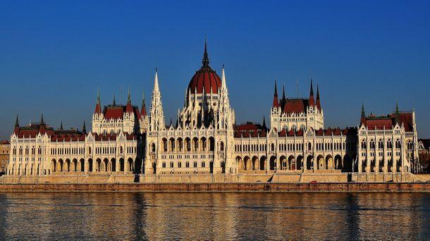 Унгария подготвя 30 млрд. долара за възстановяване на икономиката ...