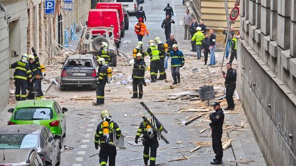 Четири са вече жертвите на снощния пожар в хотел в