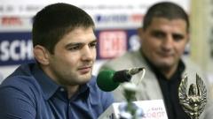Иво Ангелов (вляво) ще се бори за олимпийска квота.