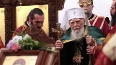 Българския патриарх и Софийски митрополит Максим отслужи литургия в храма