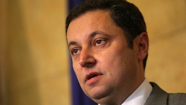 Янев: Драшков е освободен заради изнесена информация от ДАНС, злепоставяща министри