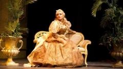 Снежана Драмчева в ролята на Виолета от