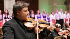 Иво Станков свири в концерт с участието на Лондонския български хор и Английския камерен оркестър