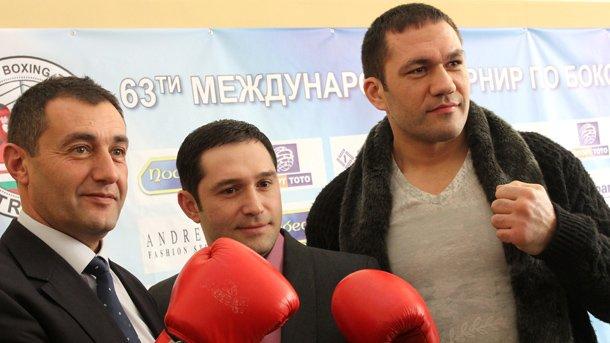 Свилен Нейков (вляво) и Кубрат Пулев