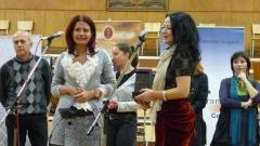 """Екипът на документалния сериал """"Радиото"""" с ръководител Даниела Манолова (вляво на снимката) получи наградата"""