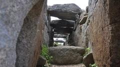 Крепостта и кулите на нурагите, направени от огромни над 7000 камъка във формата на пресечен конус,на височина достигат до 20 м, а на ширина – до 30 м.