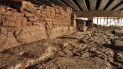 Една от главните улици на Сердика, която датира от ІІ–ІІІ век.