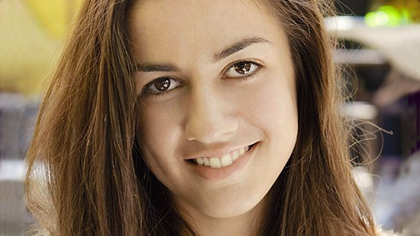 18-годишната Анамария Коева има вече три стихосбирки