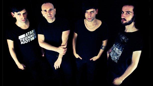 """Low-Fi от Неапол представят албума си What We Are Is Secret на седмия """"Аларма Пънк Джаз Фест"""" в Swingin' Hall."""