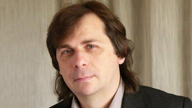 Основателят на фондацията Доно Цветков.