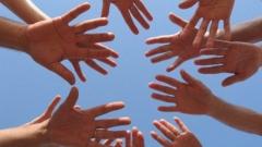 Всичко е в ръцете на човека и тъкмо затова те трябва редовно да се мият.