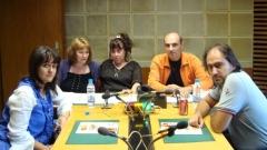 Ганета Сагова, доц. Ружа Нейкова, водещата Росица Панайотова, доц. Александър Илиев и д-р Славян Стоилов в студиото на предаването