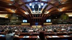Шестият летен университет по демокрация в Страсбург (27 - 29 юни) припомни значението на етиката в политиката.