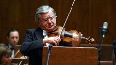 Виктор Третяковсвири сДържавния академичен симфоничен оркестър на Беларус на Международния фестивал на Юрий Башмет, 2009 г.