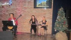 Момент от спектакъла по музика на Де Файя и стихове на Лорка – отдясно наляво Йолина Кацарова, Татяна Данова, Йордан Рибаров